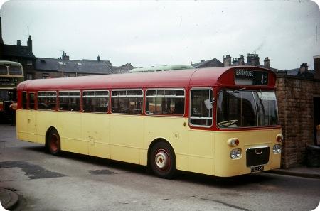 Halifax Corporation - Daimler Roadliner - CVC 124C