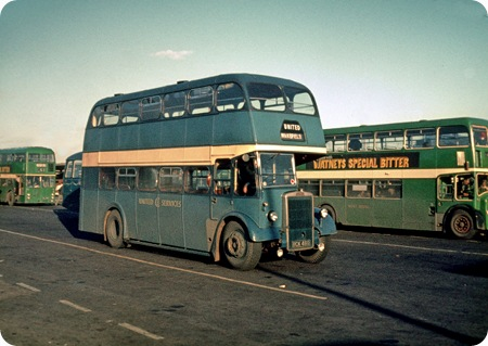 United Services - Leyland Titan PD2/3 - BCK 460
