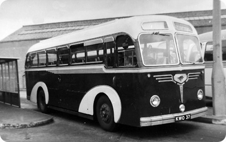 Highland Omnibuses Ltd - Guy Arab UF - KWO 37 - K47