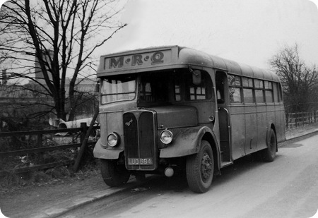 Devon General - AEC Regal III - LUO 594 - SR594