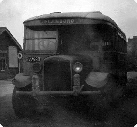 White Bus Service - Gilford 1680T - EV 7580