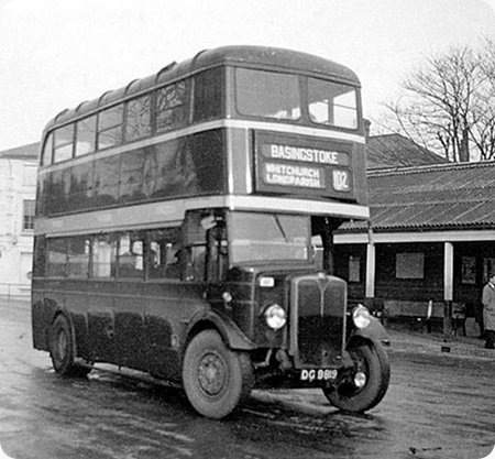 Cheltenham & District - AEC Regent I - DG 9819 - 2