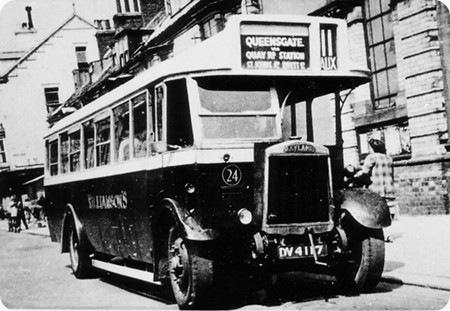 Williamson's - Leyland Lion - DV 4117 - 24
