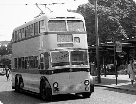 Bournemouth Corporation - B.U.T. 9641T - KLJ 340 - 240