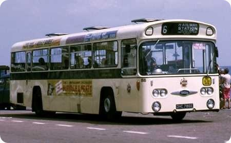 Eastbourne Corporation - Daimler Roadliner - DHC 786E - 86