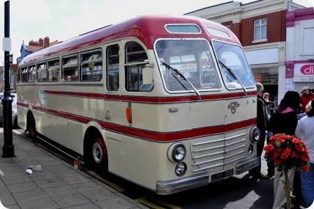 Belle Vue Coaches - Leyland Royal Tiger - LOE 300