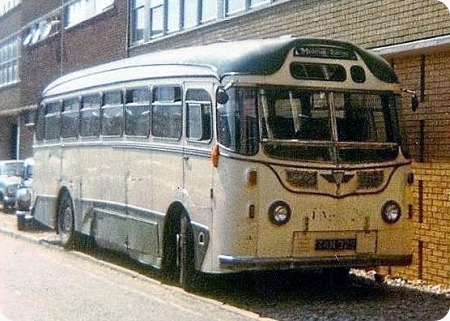 Maidstone & District - AEC Reliance - TKM 329 - C329