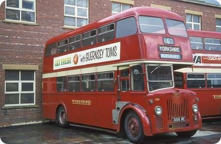 Yorkshire Woollen District - Leyland Titan - 3156 WE - 135