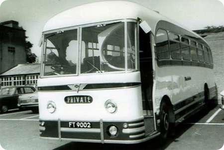 Wakefields Motors - AEC Reliance - FT 9002 - 202