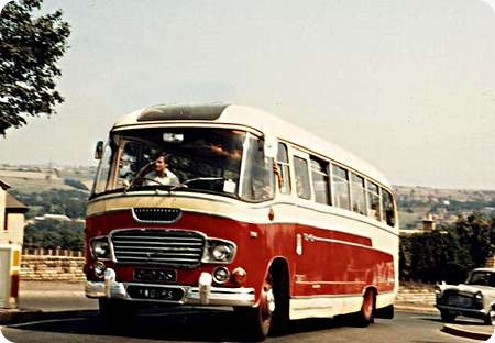 Yorkshire Woollen - Ford Thames E570 - GHD 215 - 871