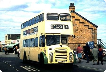 Blackpool Corporation - Leyland Titan - LFR 528F - 528