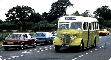 Jersey Motor Transport - Bedford OB - J 6986 - 57