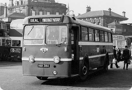 Ideal Service - Leyland Royal Tiger - HAV 384