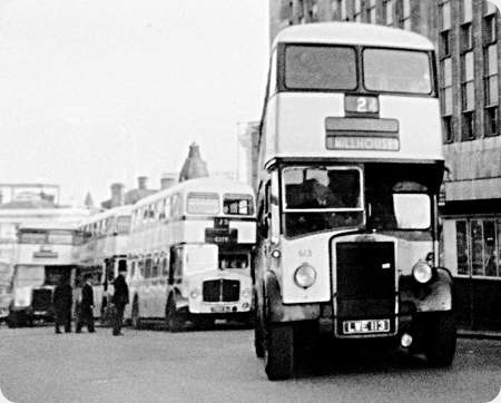 Sheffield Corporation - Leyland Titan - LWE 113 - 613
