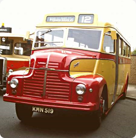 Douglas Corporation - Leyland Comet - KMN 519 - 21