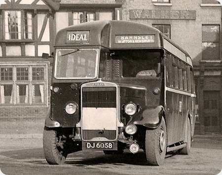 Ideal Service - Leyland Tiger -_DJ 6058
