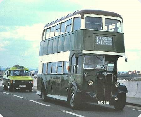 London Transport - AEC Regent II - HGC 225 - STL2692