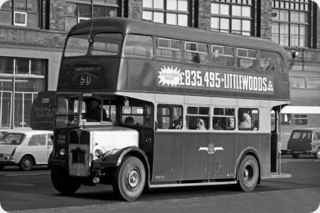 Leeds City Transport - AEC Regent V - XUM 888 - 888