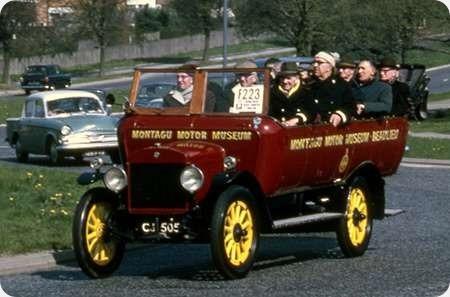 Montagu Motor Museum - Maxwell 25 cwt - CJ 5052